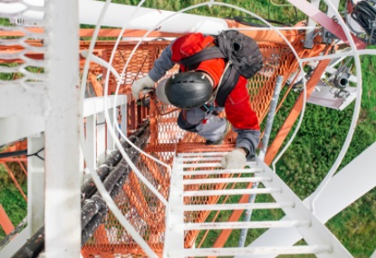 travel tower climber